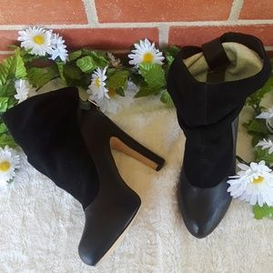 NWOB Mariko ankle boots heels, sz10